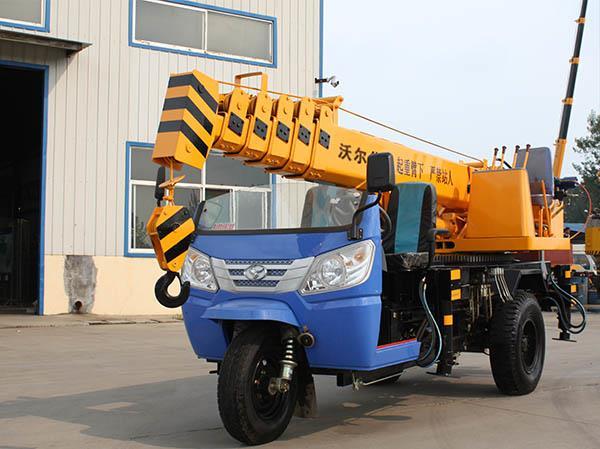 tricycle crane-3 ton