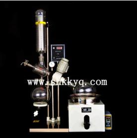 Vacuum reflux distiller