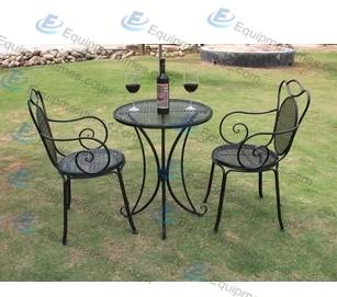 Outdoor Wrought Iron Chair and Table